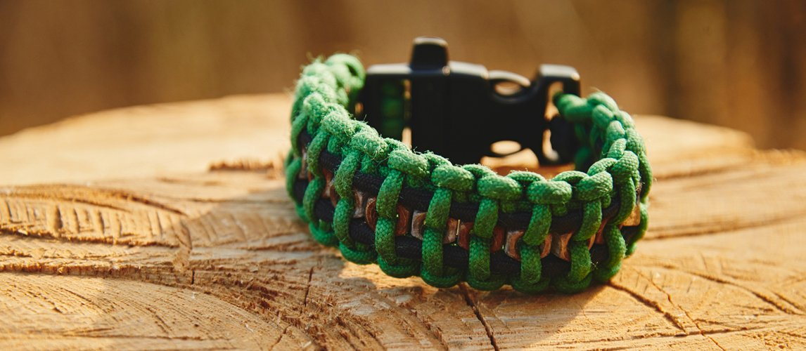 e45534845bf49 10 Best Paracord Survival Bracelets in 2019 [Buying Guide] – Gear Hungry