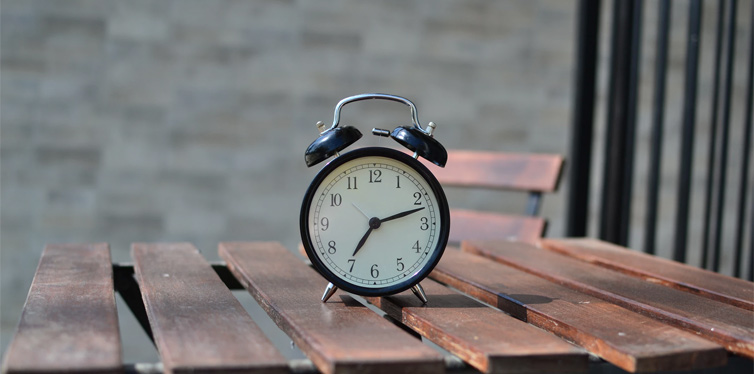 Alarm Clock For Those Who Can T Get Out Of Bed