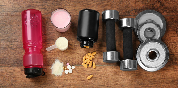 8 Brilliant Hacks To Make Protein Powder Taste Better