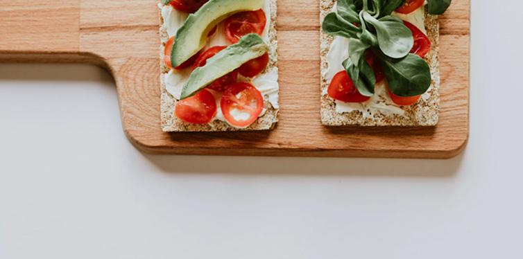 10 Healthy Snack Alternatives