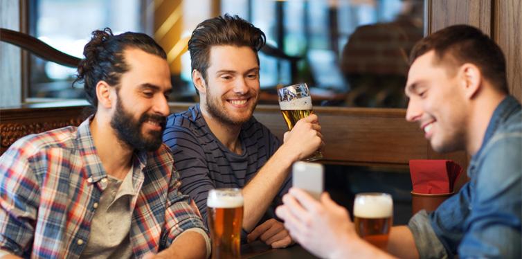 gropu of friends at the bar