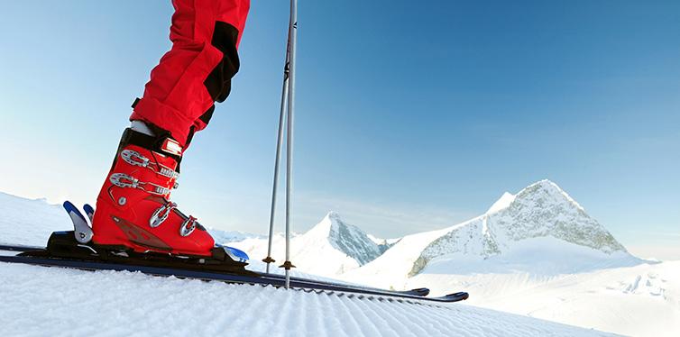 12 ski essentials