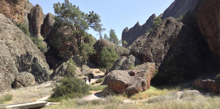 balconies cave, pinnacles national park in california