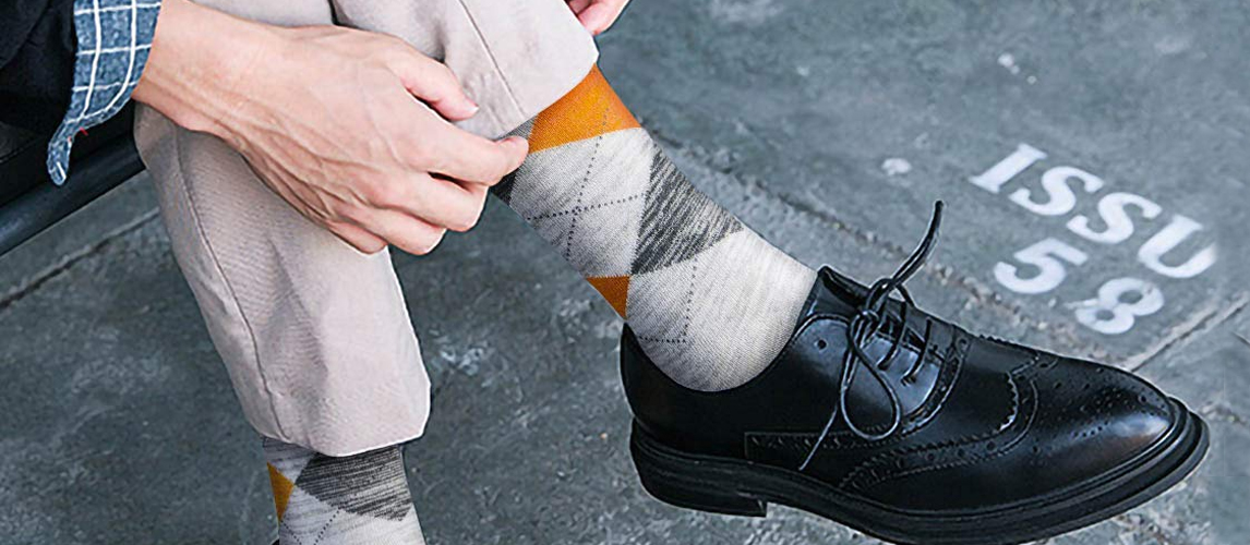 81c4d4983 12 Best Dress Socks For Men in 2019  Buying Guide  - GearHungry🧦