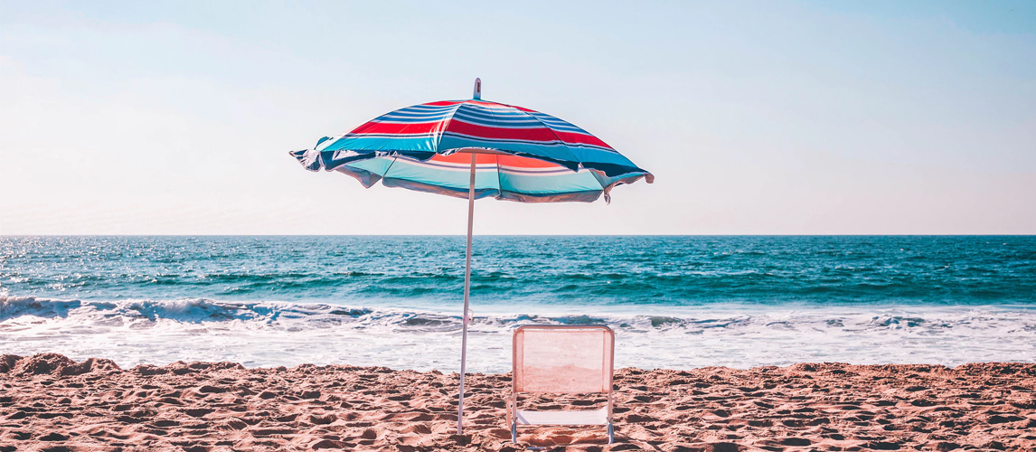 7 Best Beach Umbrellas In 2019 Buying Guide Gear Hungry