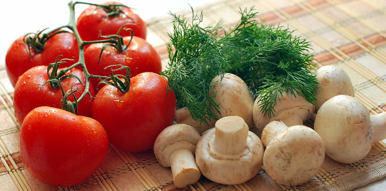 mushrooms and tomatoes