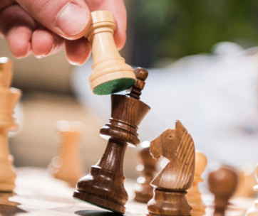 10 expert tips to improve your chess skills