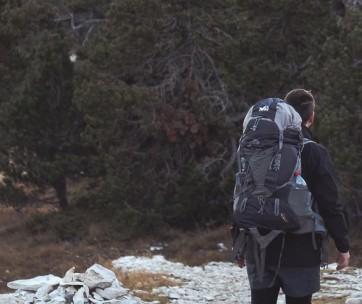 10 Tips To Lighten Your Backpack