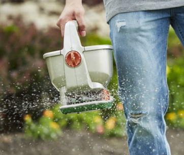 11 best seed spreaders review in 2019