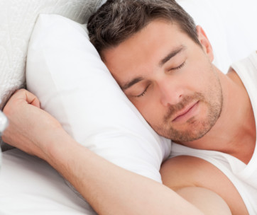 5 steps to train your body to sleep less