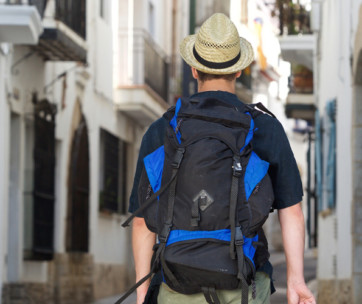 6 safety ideas to adopt while traveling in dangerous places