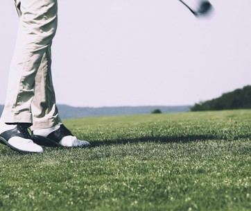7 steps to improve your golf posture