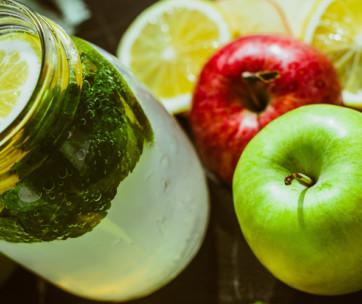8 health benefits of drinking kombucha