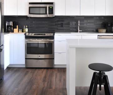 8 no brainer essentials your kitchen needs