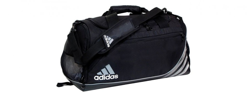 2db583798239 13 Best Gym Bags For Men in 2019  Buying Guide  - Gear Hungry