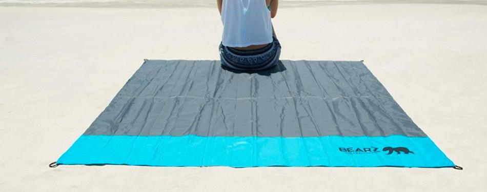bearz outdoor beach blanket