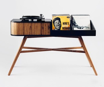 HRDL The Vinyl Table