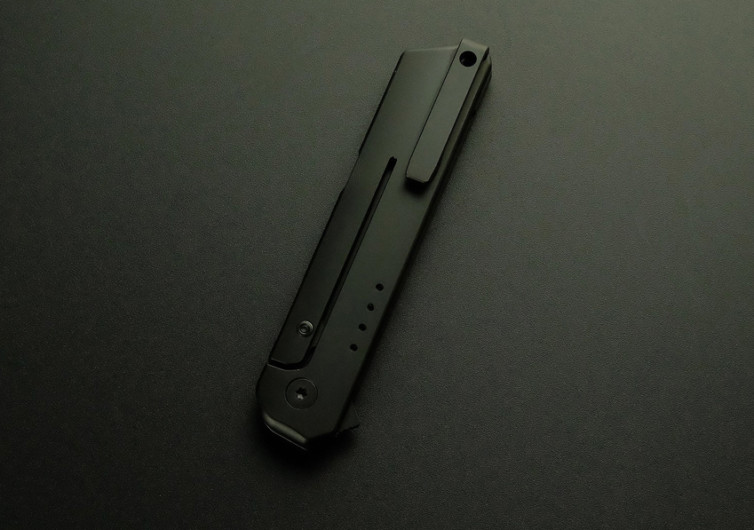 IQ Flipper Knife