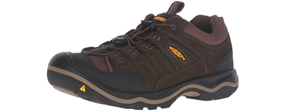 5423c02421d6 9 Best Walking Shoes for Men in 2019  Buying Guide  – Gear Hungry