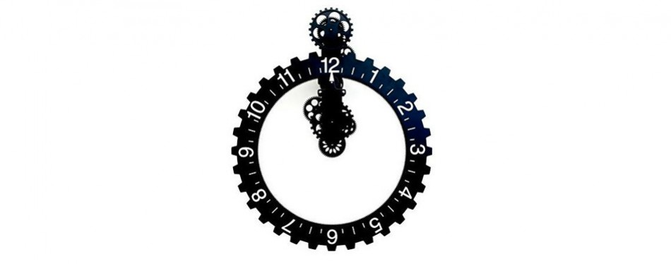 Kikkerland Big Wheel Wall Clock