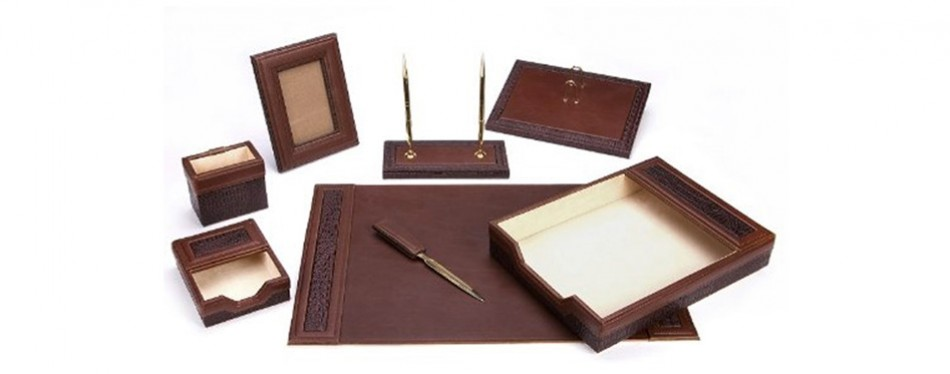 Majestic Goods Office Supply Leather Desk Set