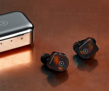 Master Dynamic MW07 Wireless Earphones