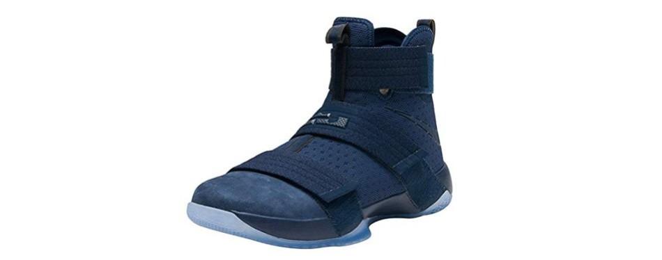 NIKE Lebron Soldier XI Basketball Sneakers