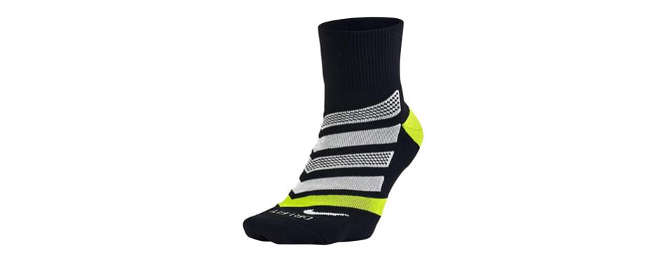 nike dri-fit cushion dynamic arch quarter running socks