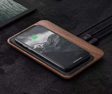 Nomad Base Station Wireless Charger