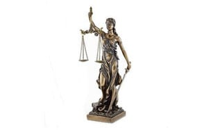 lady justice statue greek roman goddess of justice