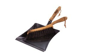 redecker vintage line horsehair hand brush and dust pan set