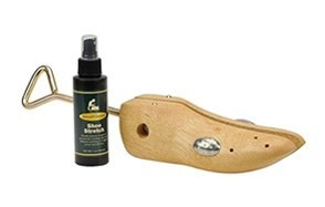 hoekeeper wooden shoe stretcher
