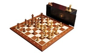 the library grandmaster chess set