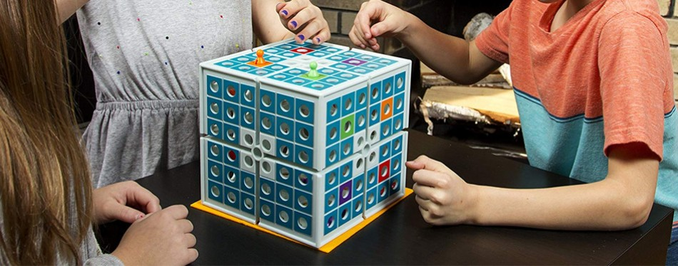 PlaSmart Squashed 3D Strategy Board Game