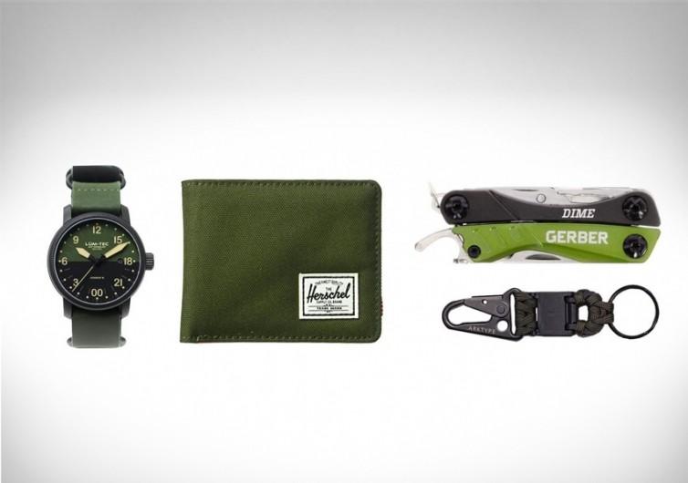 Everyday Carry: Khaki