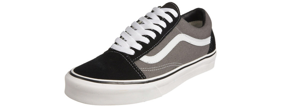 9077c6b71c761 2. The Unisex Old Skool Classic Skate Vans Shoes