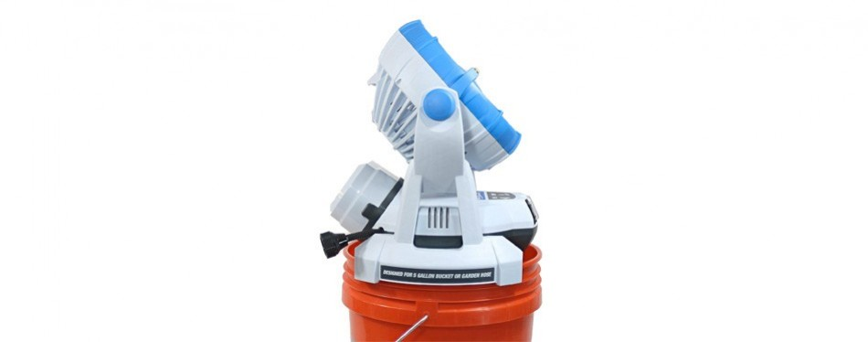 arctic cove 18v speed fan and water mister