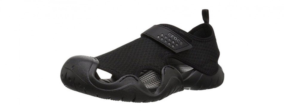 sports shoes d3ef1 1083f crocs men s swiftwater mesh sandal. See More Reviews. crocs men s  swiftwater mesh water shoe. crocs ...
