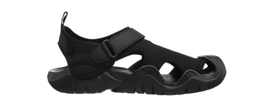crocs men's swiftwater mesh water shoe