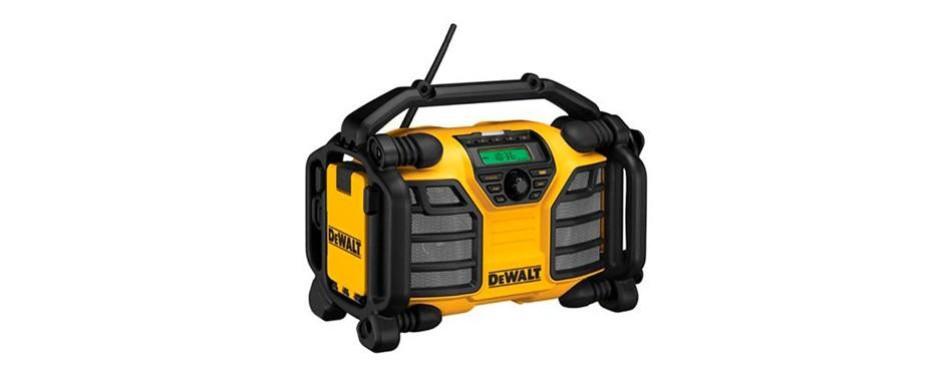 dewalt 20v max/12v jobsite radio