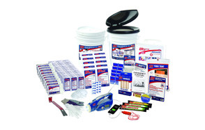 er emergency ready 10 person ultimate deluxe survival kit