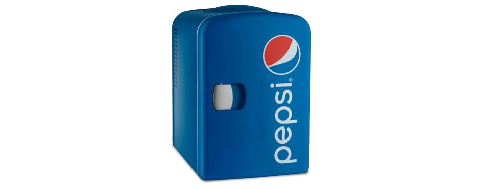 gourmia gmf660 pepsi thermoelectric cooler and warmer mini fridge