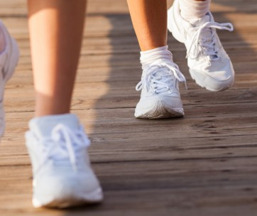 guide to maintaining and cleaning white sneakers