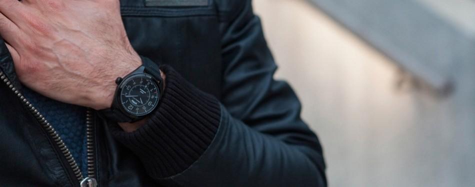 hamilton men's khaki field day date black automatic watch