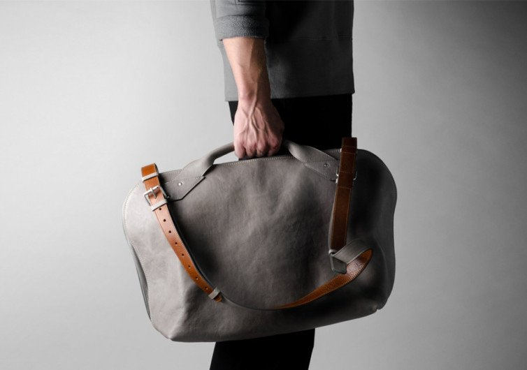 hardgraft Collected Shoulder Bag . Off Grey