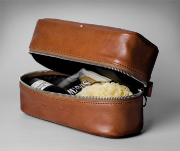 Hardgraft Full Disclosure Dopp Kit Classic