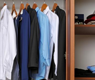 how to organize a man's closet