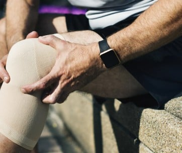 how to treat and prevent common sports injuries