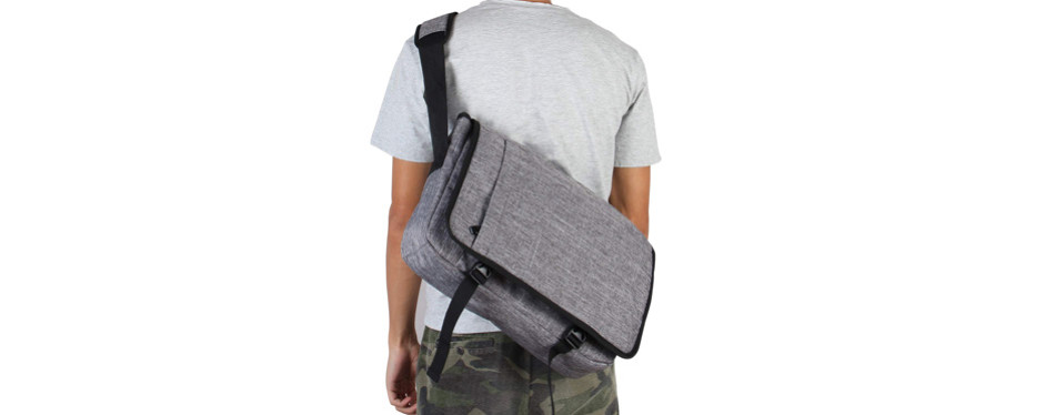 hynes eagle laptop messenger bag
