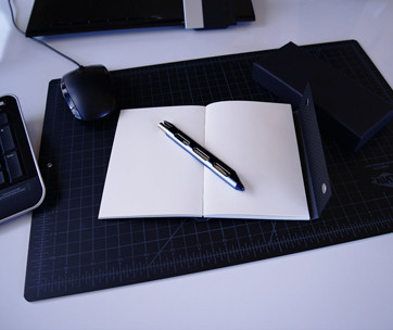 Lioe Design Stealth Pen